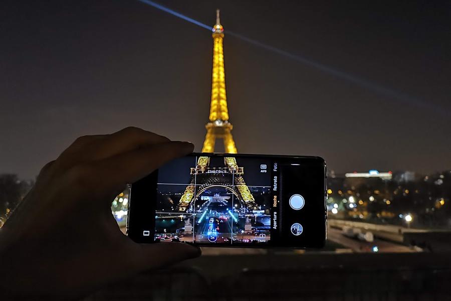 Photo of 18x ve 50x Zoom Yapabilen Telefon Lensleri